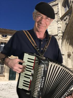 Accordeonist huren te huur boeken rechtstreeks akkordeon arcordeon accordeonmuziek
